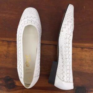 Vtg Romano Woven Leather Flats 'Susie' White 6